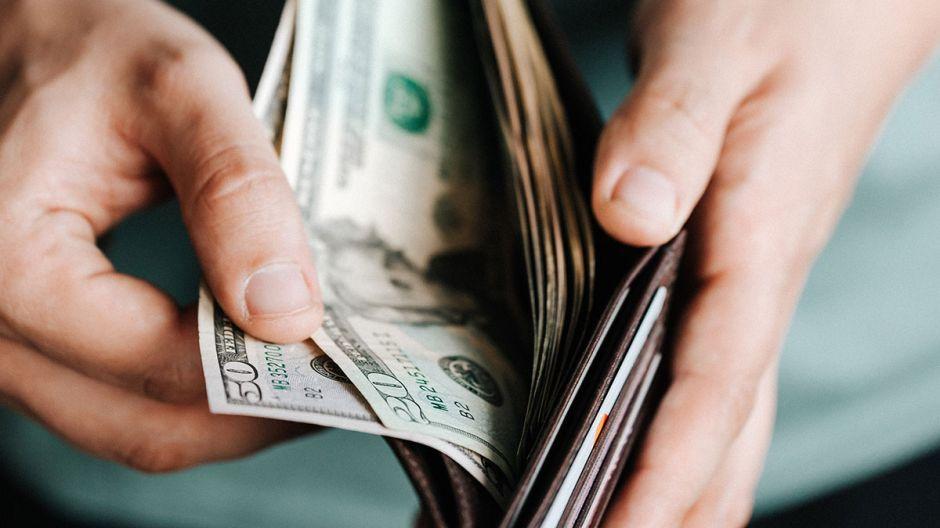 Los $600 dólares extra de beneficios de desempleo terminará antes de lo esperado