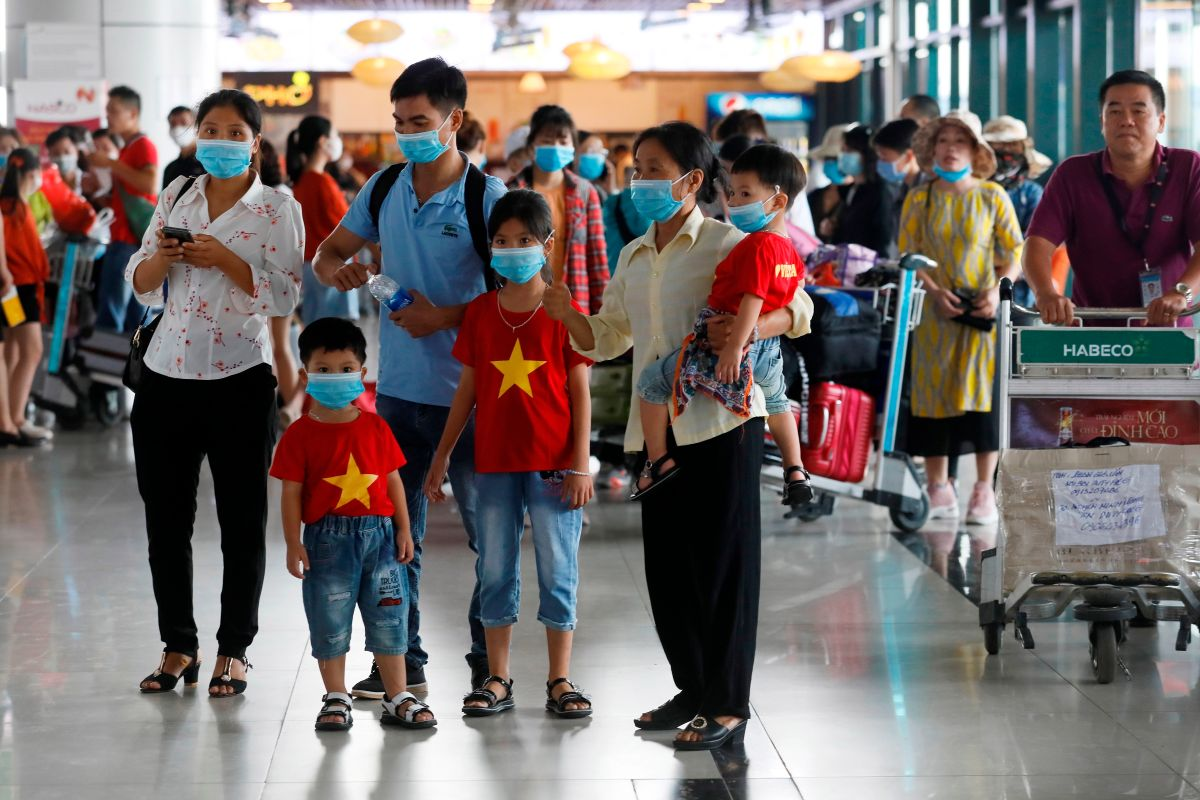 """Vietnam advierte de una nueva cepa de coronavirus """"más potente y peligrosa"""""""