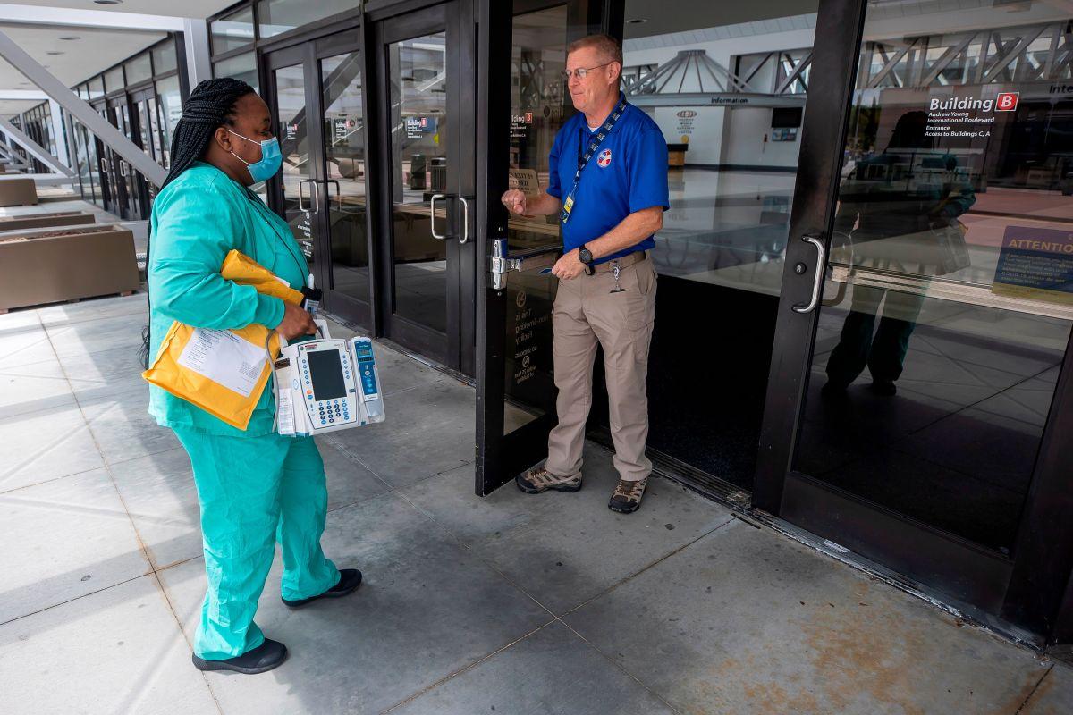 CDC pronostica un mes de fuerte aumento de muertes por coronavirus en nueve estados