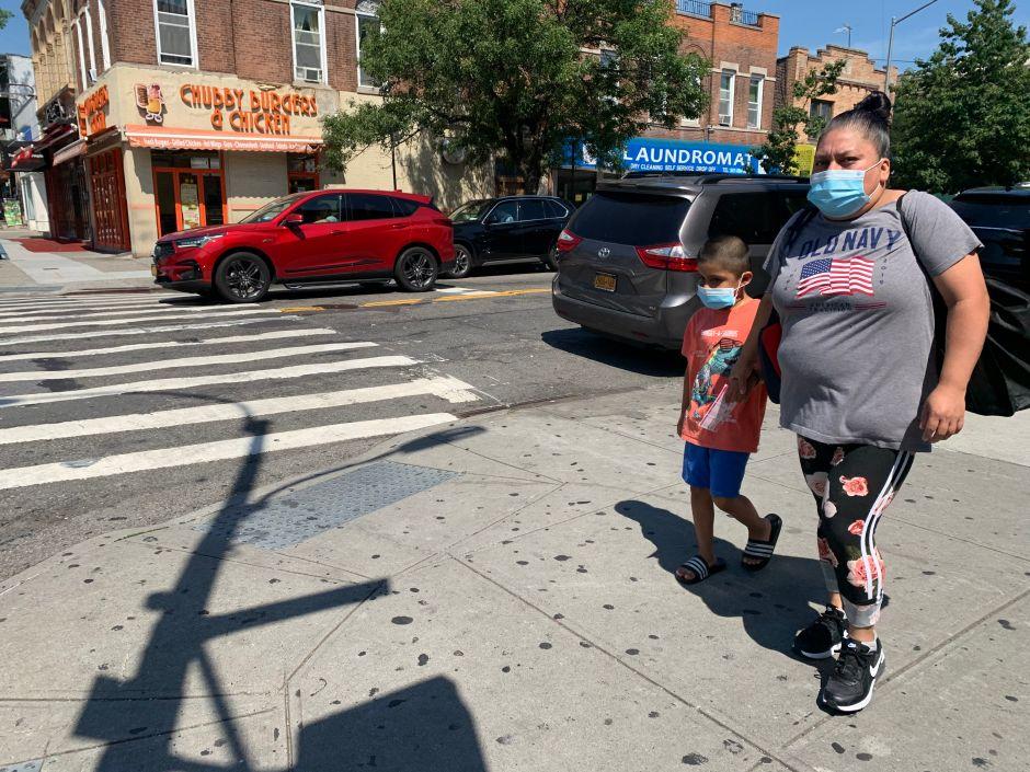 Defensor del Pueblo de NYC propone retrasar apertura de escuelas hasta octubre y empezar solo con niños pequeños
