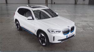 El BMW iX3 se convierte en el primer SUV 100% eléctrico de la marca y en rival del Tesla Model Y