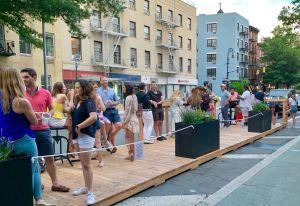 Denuncian acoso a restaurantes de NYC por parte de la Autoridad Estatal de Licores