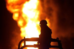 Sicarios balean y queman residencia en zona controlada por el Cártel de Sinaloa