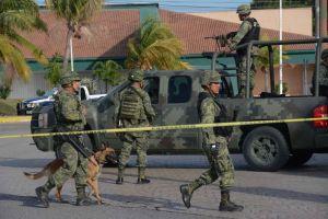 Aeronave se desploma y se incendia sobre carretera en zona maya de Quintana Roo