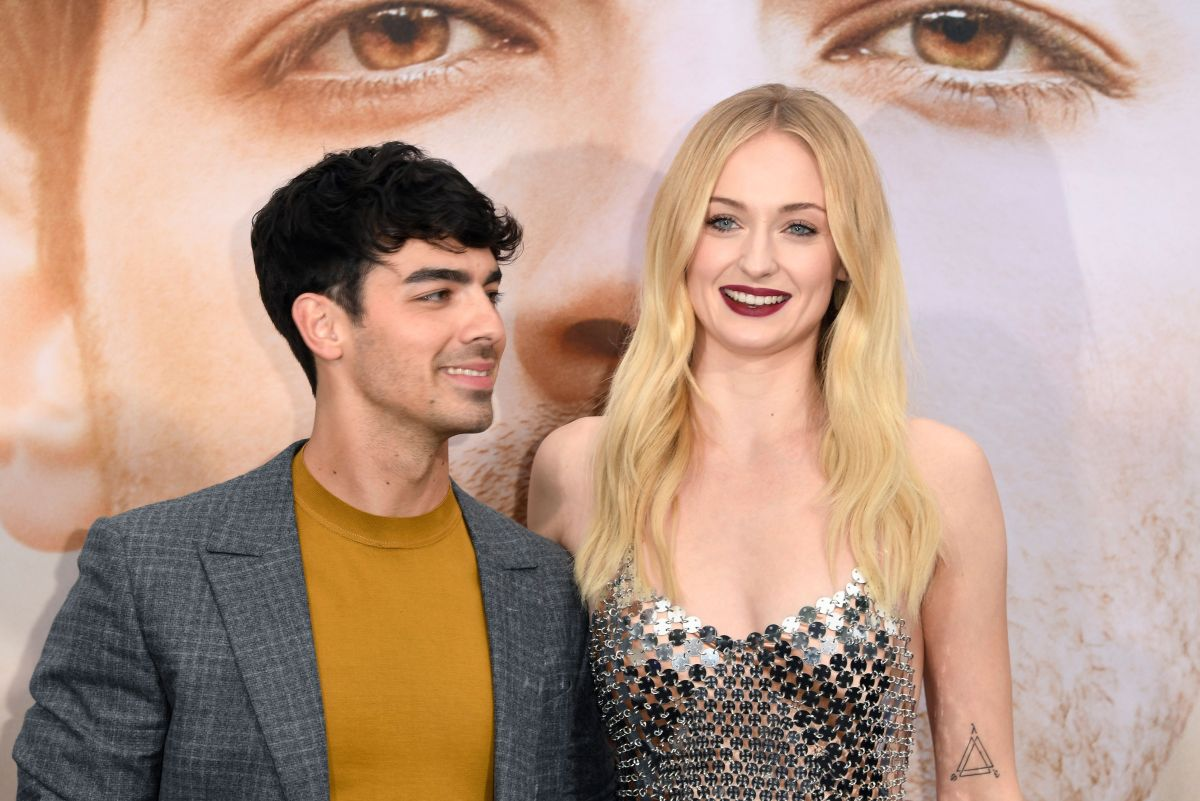 The tender tattoos of Sophie Turner with the initials of Joe Jonas and his daughter on the wrist come to light
