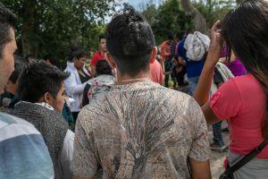 Triunfo legal para inmigrantes que ICE envía a la cárcel el día de su 18 cumpleaños