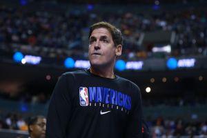 Ted Cruz y Mark Cuban pelean en redes sociales por la NBA y el himno nacional