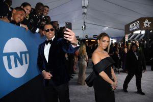 Alex Rodríguez parece estar olvidando a Jennifer López: se entrega a la soltería y celebra entre amigos