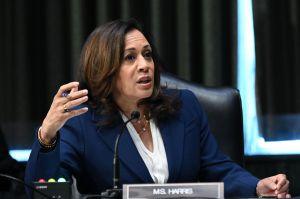 """Kamala Harris dice que vacuna contra la COVID-19 será """"gratis para todos"""""""