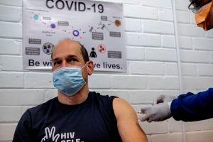 Pfizer producirá 100 millones de dosis de su vacuna contra el coronavirus para EEUU