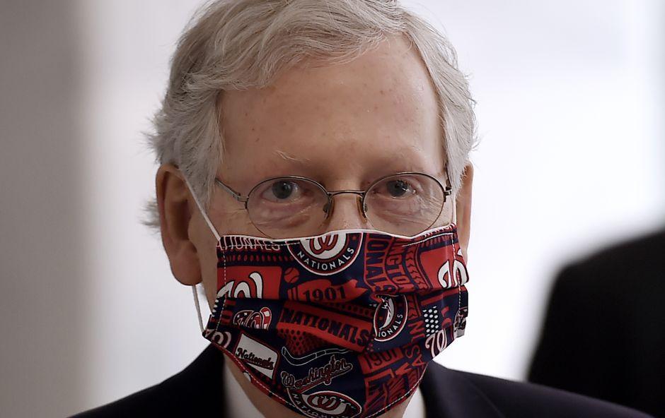 Qué podría incluir la propuesta de ley de alivio ante la crisis del senador republicano Mitch McConnell