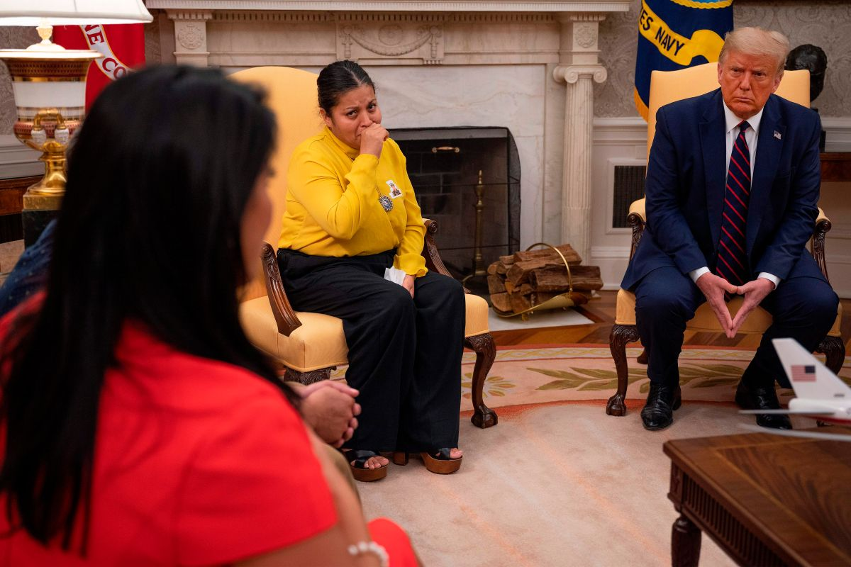 Trump ofrece a familia de Vanessa Guillén pagar su funeral