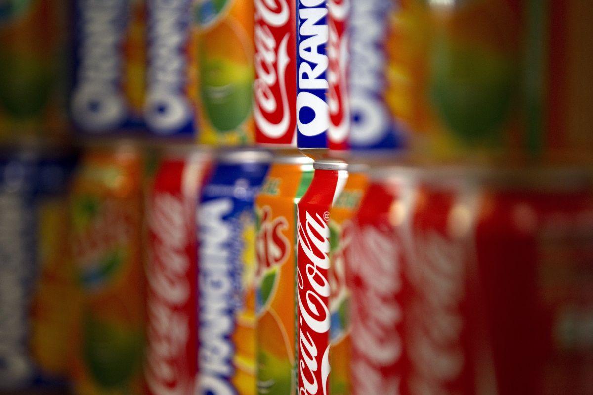 Durante abril la demanda de refrescos en lata aumentó un 30 por ciento.