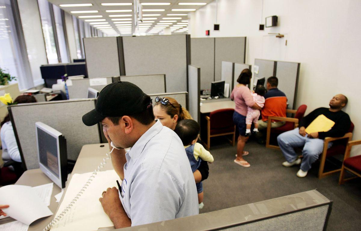 El próximo año deberás pagar impuestos sobre los beneficios por desempleo.