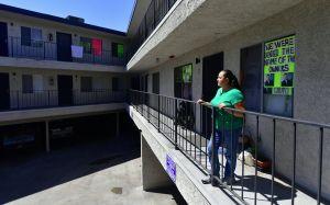 Qué necesitas para obtener hasta $2,000 dólares en apoyo económico para pagar la renta en Los Ángeles