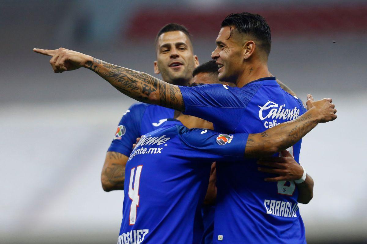 Cruz Azul jugará a pesar de tener varios jugadores con coronavirus.