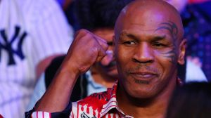 Mike Tyson reapareció en los cuadriláteros de lucha libre [VIDEO]