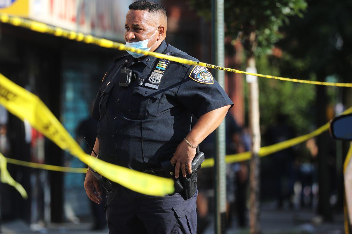 Oficiales hispanos del NYPD temen que en 2020 la Gran Manzana pierda su sitial de 'ciudad segura'