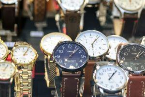 Dos hispanos detenidos por robos millonarios de relojes de lujo en Nueva York