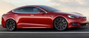 Tesla descubre y envía un mensaje a los clientes que alteran el software de sus autos