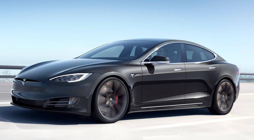 Tesla crea un nuevo sensor que te avisa si has olvidado a tu hijo dentro del auto