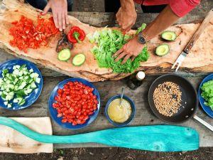 Fork Over Knives, el documental que introduce los secretos de la dieta vegetariana y revolucionó una generación, deja Netflix en julio 15