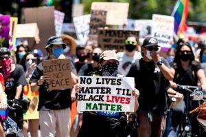 ¿Qué pasa con quienes tiran coches contra manifestantes de Black Lives Matter?