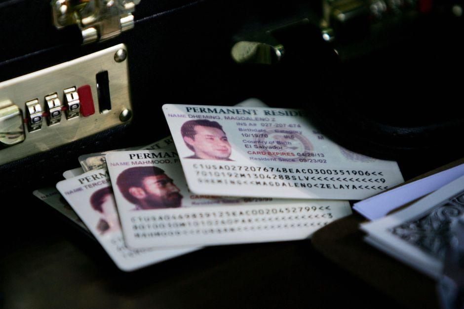 3 formas de aplicar para una Visa de Trabajo sin salir del país