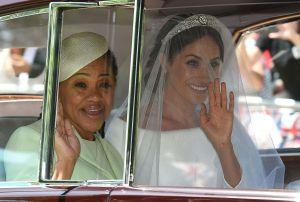 La tiara que lució la duquesa de Sussex en su boda generó fricciones entre ella y la estilista de la reina