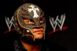 Revelan el plan original del show donde Rey Mysterio 'perdió' el ojo frente a Seth Rollins