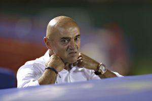 'Chelís' rompe a martillazos un costoso reloj Cartier por culpa de Juan Carlos Osorio
