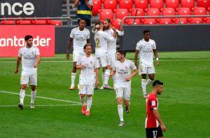 Con otro penalti marcado por el VAR, el Madrid volvió a ganar y tiene La Liga en la bolsa