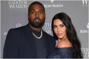 Kim Kardashian acompaña a Kanye West en el lanzamiento de su nuevo álbum 'Donda'
