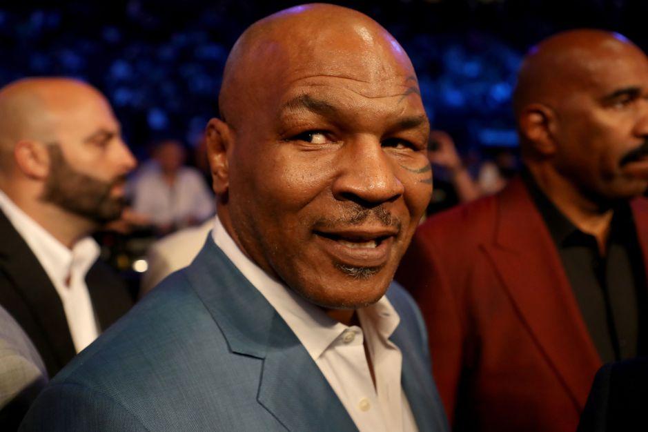 Mike Tyson se quedó dormido en una entrevista y preocupó a sus seguidores por su comportamiento frente a las cámaras