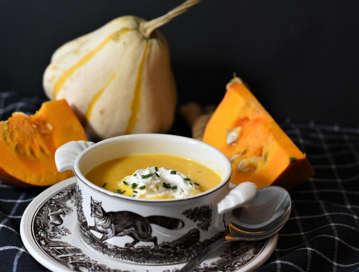 La sopa de calabaza es un alimento con un gran poder nutricional, es saciante y generosa.