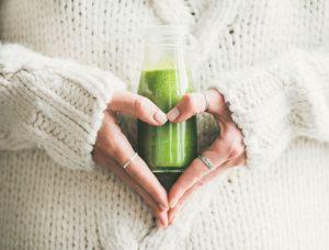 Recupera energía, salud y desintoxica el hígado a otro nivel con jugo de vegetales y jengibre