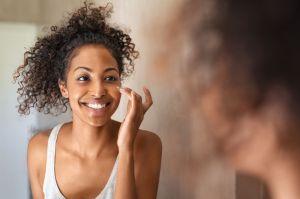 Los 3 mejores ingredientes para eliminar las manchas oscuras en la cara