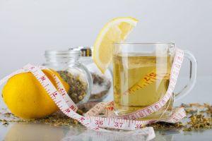 4 diuréticos naturales que evitan la retención de líquidos y ayudan a bajar de peso