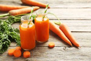 Lo que un vasito de jugo de zanahoria al día puede hacer por tu salud