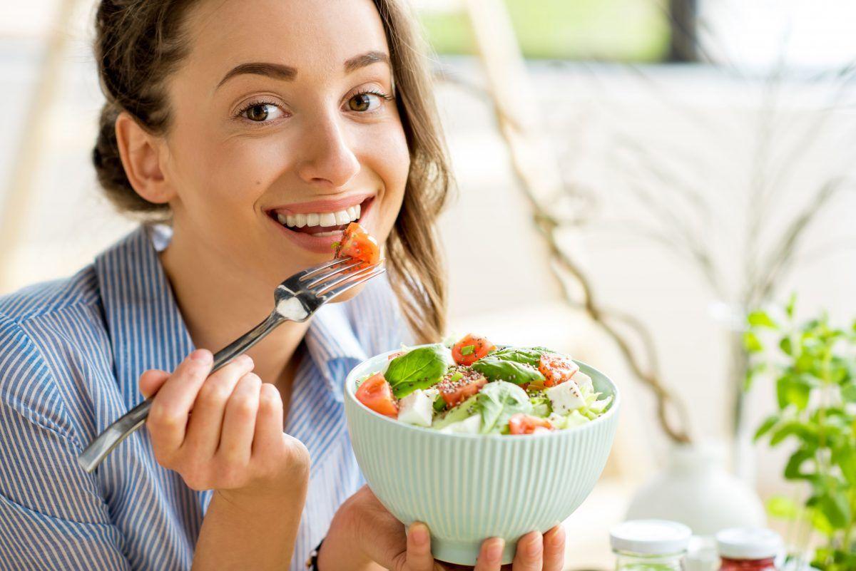 Los 10 principios de la alimentación intuitiva, la nueva tendencia de salud y bienestar