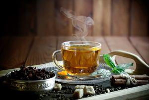 Toma un té de boldo por día luego de comer para aprovechar su poder curativo natural