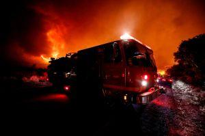 Mujer de Arizona sale en pijama para salvar a familia latina de un incendio