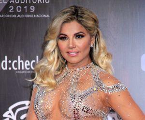 Aleida Núñez enamora a sus fans de Instagram con su ajustado vestido azul