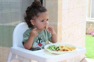 ¿Cómo afecta el consumo de sal a los niños?