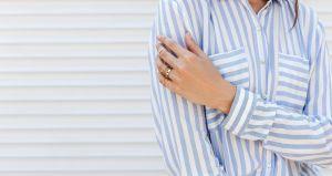 Las mejores prendas con estampado a rayas ideales para un look casual