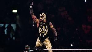 Dominik Mysterio ganó su primera lucha en WWE junto a su padre
