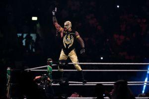 El hijo de Rey Mysterio podría hacer su debut en la WWE con máscara y nuevo nombre