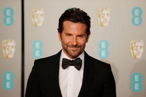 Fans tratan de conquistar a Bradley Cooper, pero lo hacen en la mansión equivocada