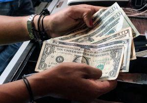 Extensión de $300 semanales por desempleo ya expiró en varios estados, ¿qué pasará ahora?