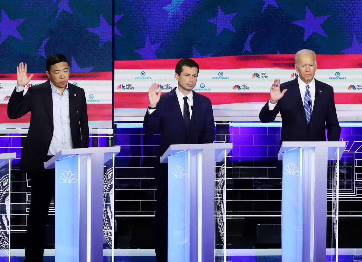 Dos estrellas ascendentes demócratas apuntalan candidatura de Biden